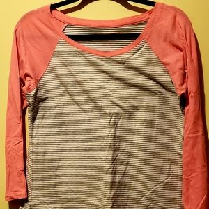 American Eagle Striped 3/4 Sleeve Shirt